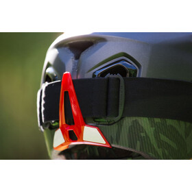 bluegrass Golden Eyes Helmet black/red